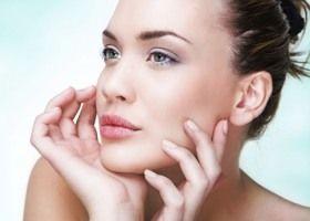 Sredstvo za čišćenje i osjetljivu kožu oko očiju
